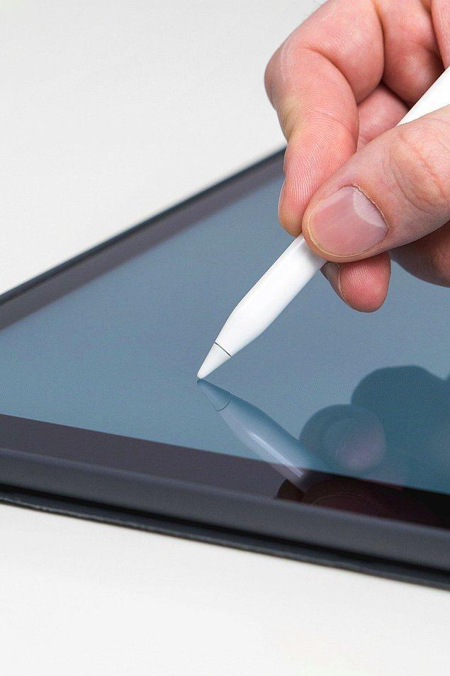 iPad ile efektif bir şekilde kullanabileceğiniz kalemleri de unutmadık.