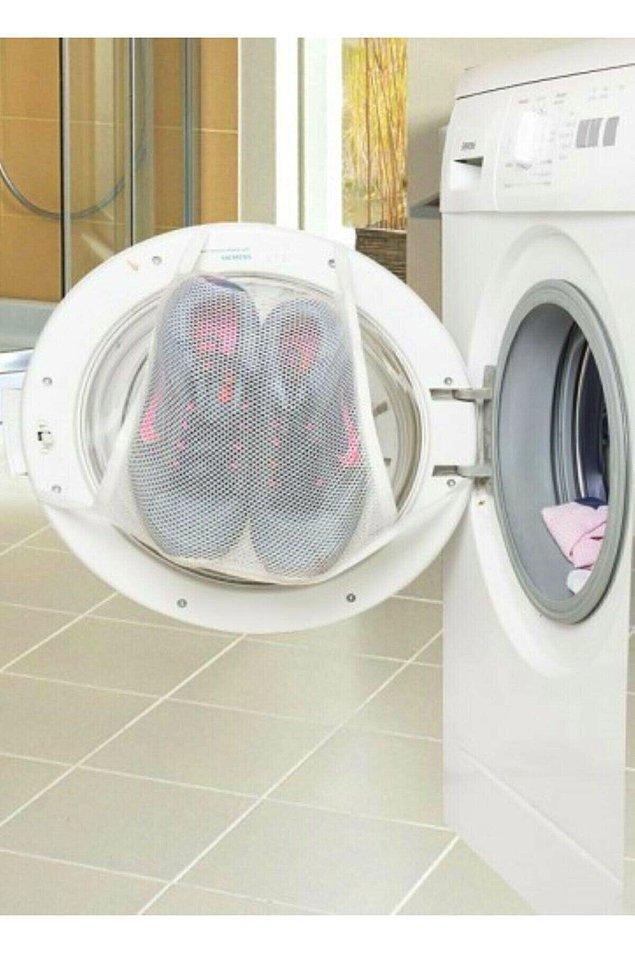 6. Spor ayakkabılarınızı parçalamadan yıkamanın en kolay yolu...