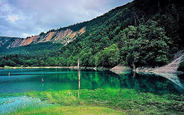 10. Sülüklü Göl, Bolu