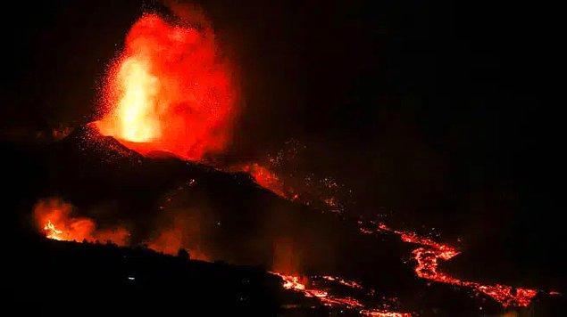 Cumbre Vieja yanardağı geçtiğimiz haftalardaysa yeniden aktif hale geldi.