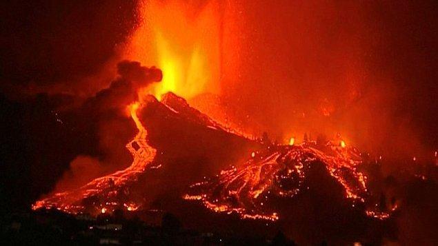 Cumbre Vieja yanardağının daha önce 1949'da ve ardından 1971'de aktif hale geldiği biliniyor.