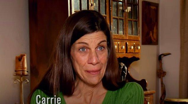 ABD'nin Colorado eyaletine bağlı Colorado Springs şehrinde yaşayan 53 yaşındaki Carrie'nin öyle bir bağımlılığı var ki tüm bildiklerinizi unutturacak cinsten.