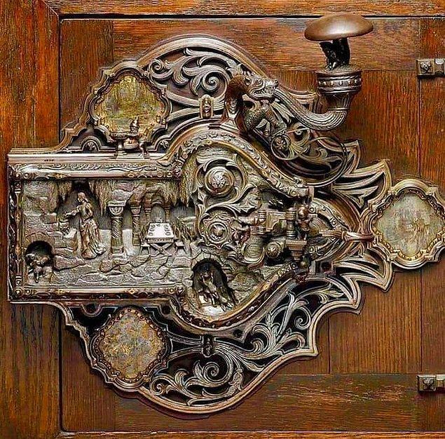11. 1911'de Frank Koralewski tarafından yapılan bir kapı kilidi: