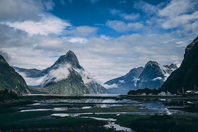 15. Milford Sound, Yeni Zelanda