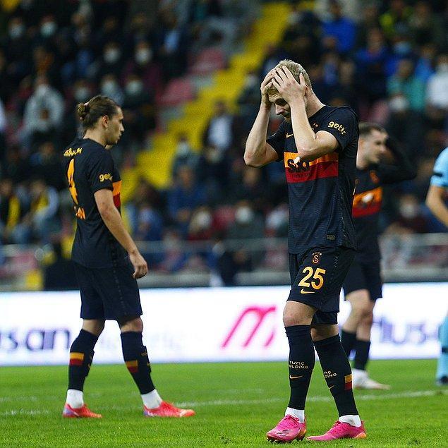 8 puanda kalan Galatasaray'ın galibiyet hasreti 4 maça çıktı.