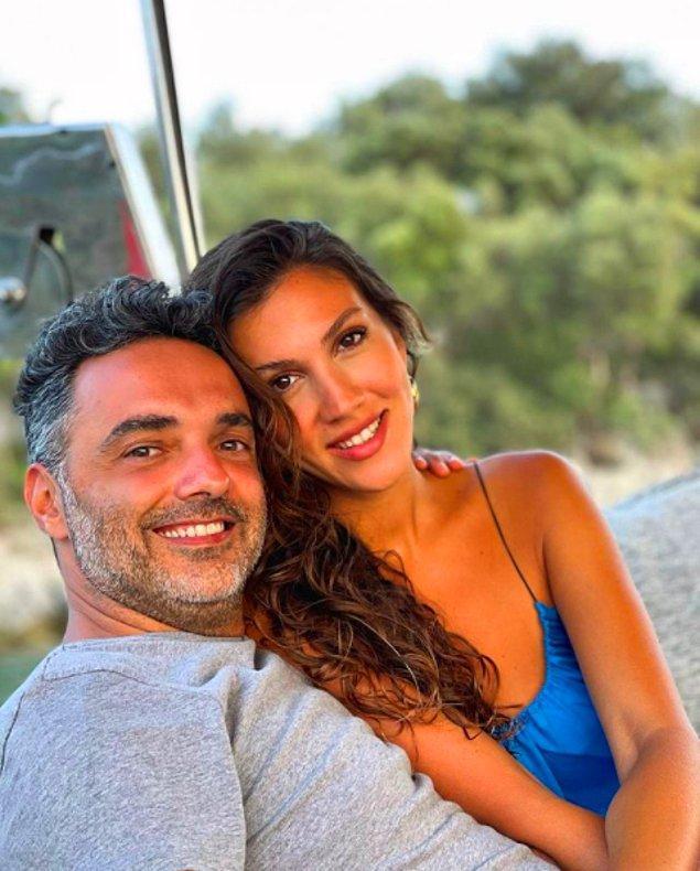 Ünlü influencer Melodi Elbirliler, bir süredir birlikte olduğu Şef Arda Türkmen'den geçtiğimiz haziran ayında evlilik teklifi almış ve düğün hazırlıklarına başlamışlardı.