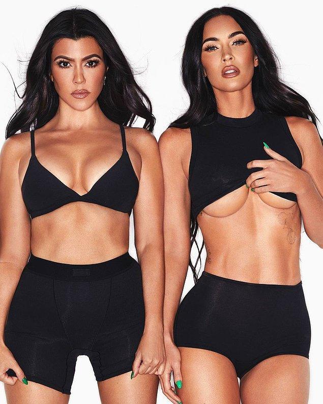 42 yaşındaki Kourtney Kardashian ile 35 yaşındaki Megan Fox'un iç çamaşırları ile verdikleri pozlar beğeni yağmuruna tutuldu.