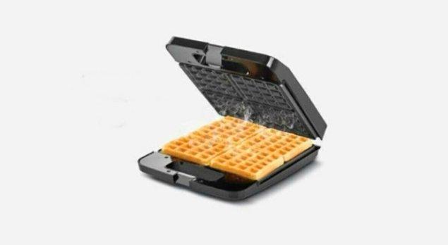 4. Dört dilimli waffle makinesi ile evde yapılan waffle'lar ağzınıza layık...