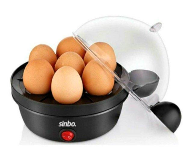 7. Yumurtanın kıvamını bir türlü tutturamayanlara: Yumurta pişirme cihazı!