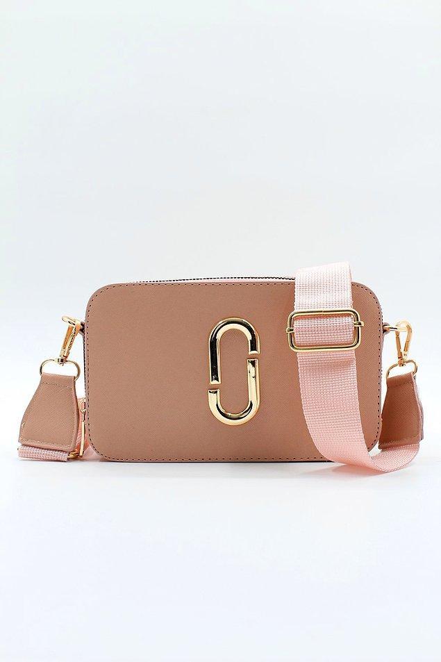 4. İki gözlü cepli el ve omuz çantasının rengi çok güzel değil mi?