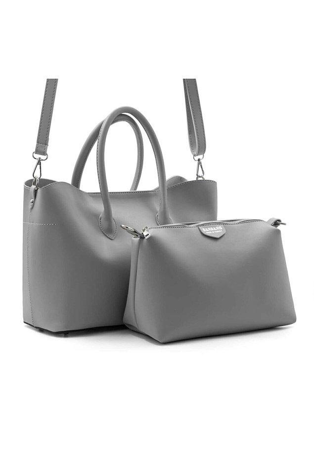 7. Çok tatlış bir mat gri büyük boy yavrulu çanta.