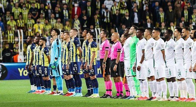 Süper Lig'in 6. haftasında Fenerbahçe , Giresunspor'u Ülker Stadı'nda ağırladı.