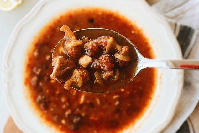 3. Yemekten sonra içilen bamya çorbası...
