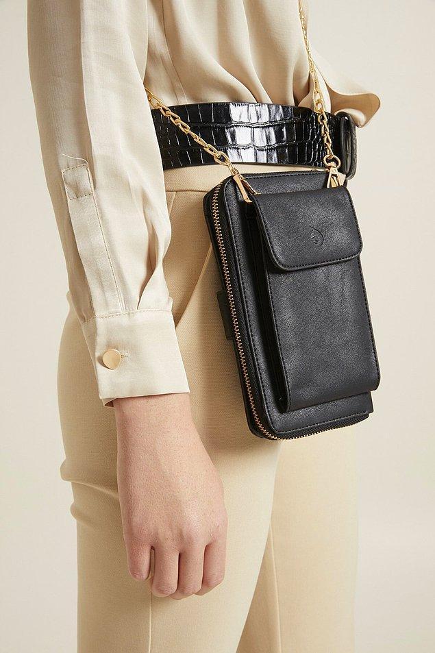 2. Aqua Di Polo cüzdan, ama bu omuz askılı telefon bölmeli siyah cüzdan!😍