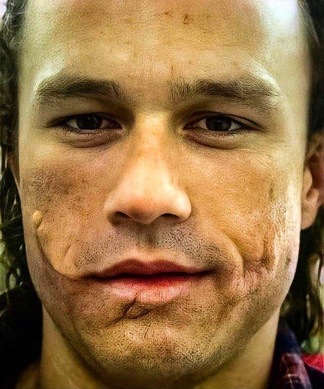 3. Heath Ledger'ın Joker'i canlandırmadan önceki protez makyajı: