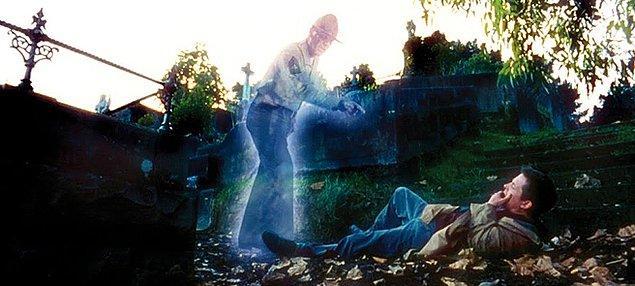 11. The Frighteners - Sevimli Hayaletler (1996) - IMDb: 7.1