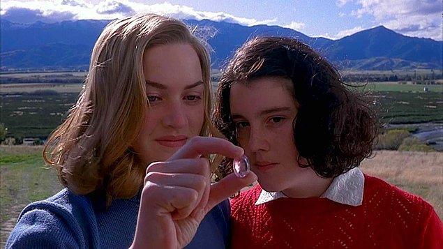 9. Heavenly Creatures - Cennet Yaratıkları (1994) - IMDb: 7.3