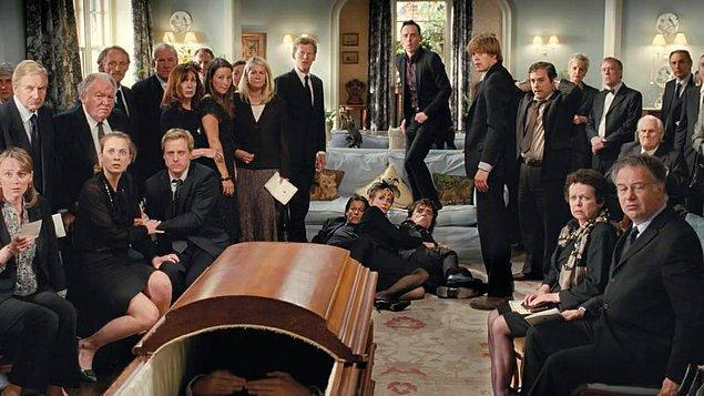 10. Death at a Funeral (Cenazede Ölüm) - IMDb: 7.4