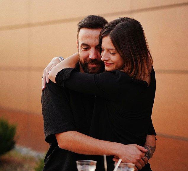10. Sercan Yıldırım sevgilisi Nihal Yönel ile evliliğin ilk adımını atarak nişanlandı!