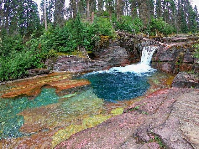 3. Buzullar Millî Parkı - Montana: