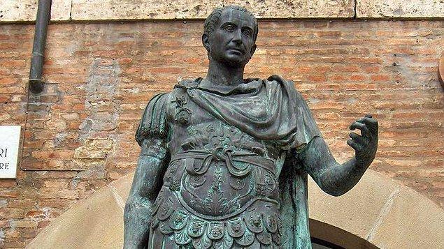 1. Jül Sezar (M.Ö. 49 – M.Ö. 44)