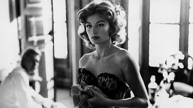 8 Ekim - Lola (1961)