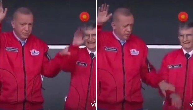 Erdoğan, Kendisiyle Birlikte Vatandaşları Selamlayan Aziz Sancar'ın Elini İndirdi