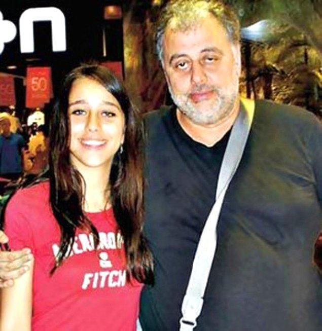 Hamdi Alkan ve Canan Hoşgör'ün kızı olarak küçük yaşlarda kameralarla tanışan 1998 doğumlu Zeynep Alkan, rol aldığı dizilerle popülerliğini artırdı.
