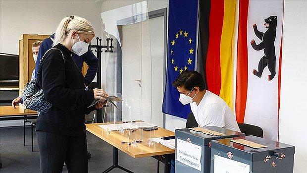 Almanya'da Sandık Çıkış Anketine Göre Hristiyan Birlik Partileriyle Sosyal Demokrat Parti'nin Oyları Çok Yakın