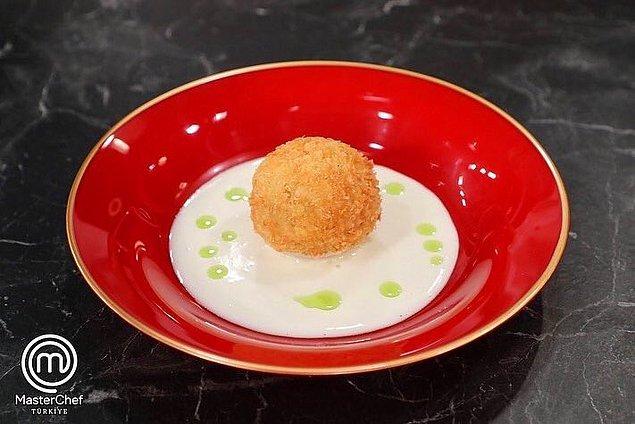 İkinci etapta ise Danilo Şef'in imza yemeği olan Arancino yemeğini en kötü yapan yarışmacı olan Hamza yarışmaya veda etti.