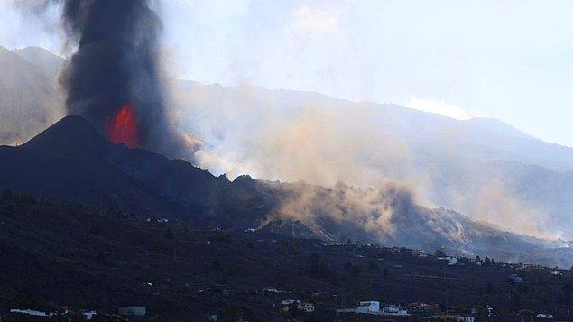 Lav ve küller 1200 hektar alanı etkiledi