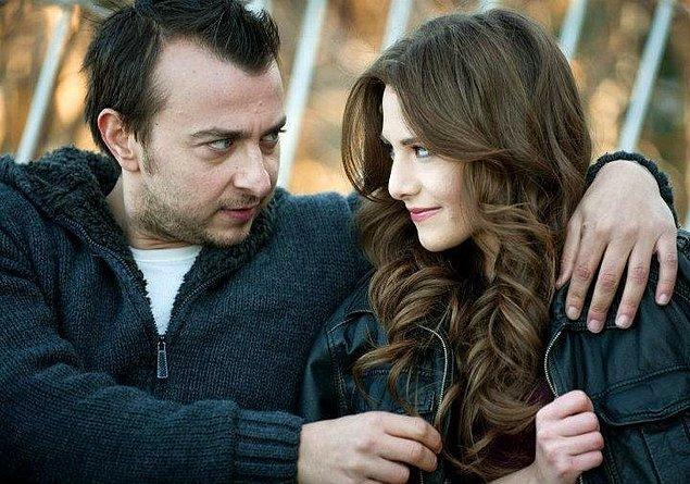 10. ESFP insanların anda yaşama istekleri romantik ilişkilerinde de ön plana çıkar. Sıcakkanlı ve iyi niyetli olmalarına rağmen hisleri çok git gel yaptığı için bir hafta sonra aynı insana karşı farklı duygular hissediyor olabilirler.