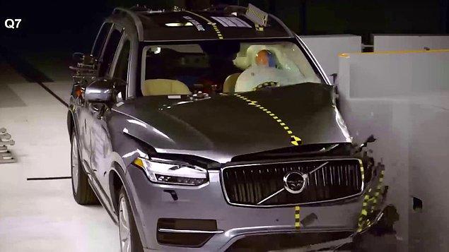 Güvenlik testleri ile bilinen en sağlam otomobil markalarından biri olan Volvo, tasarımıyla da oldukça iyi bir marka.