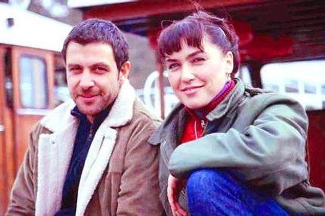 Elmas, ilk olarak sevilen dizi Gülbeyaz'da küçük bir rol aldı.