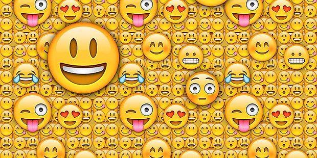Verdiğin Emoji Tepkilere Göre Cinsel Çekimin Ne Kadar Güçlü?