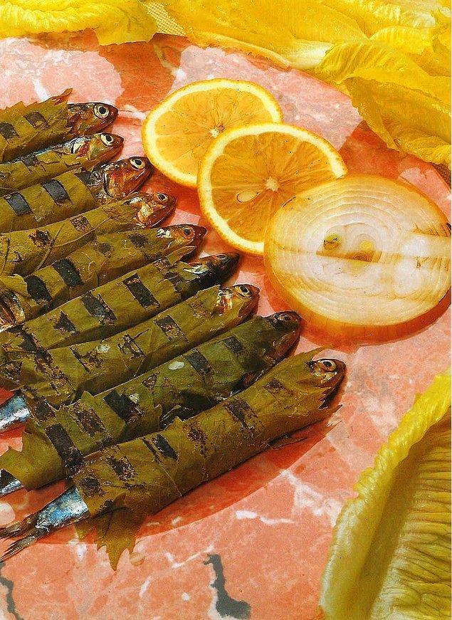 10. Asma yaprağının ekşimsi tadı balığın lezzetini ikiye üçe katlıyor!