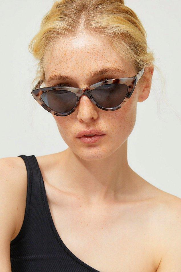 9. Yaz kış Güneş gözlüğü takanlar bu modeli çok sevecek.
