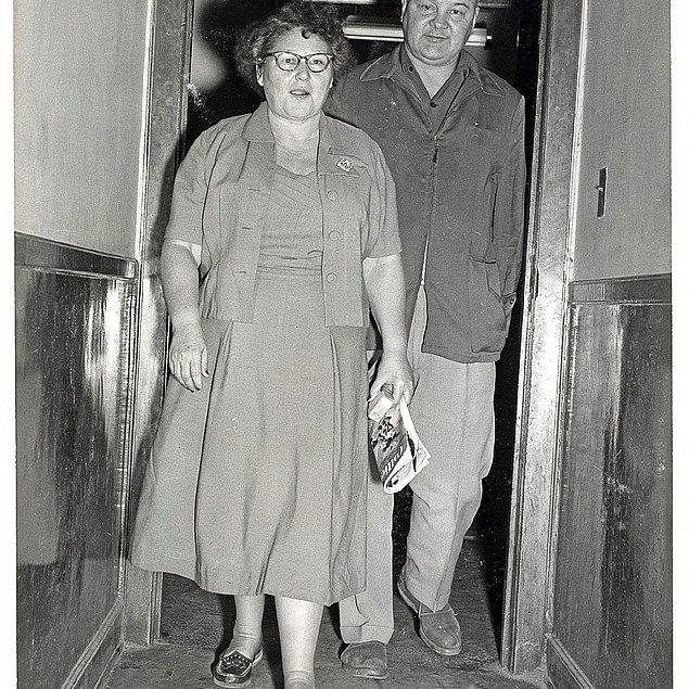 Tüm bunlardan sıkılan Nannie, çocuklarından ikisini zehirleyerek öldürdü. Olay gizemini korurken Charley, bu şüpheli ölümlerden Nannie'yi sorumlu tuttu ve ondan boşandı.