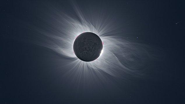 2. Güneş'in tacı ve bir kuyruklu yıldız aynı karede: