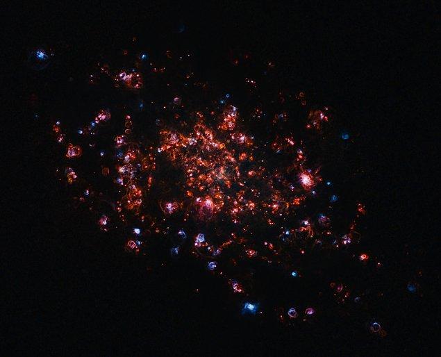 8. Üçgen Galaksisi'nden bulutsu manzaraları: