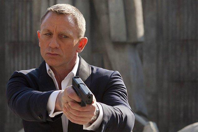 8 - James Bond'un şaşırtıcı derecede yüksek öldürme sayısı.