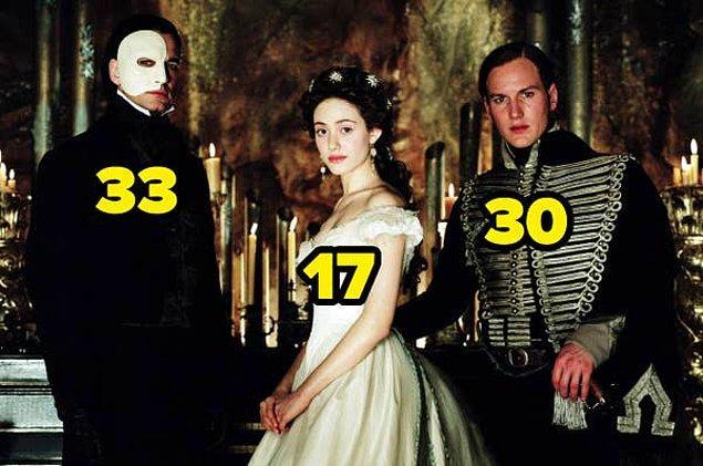 18. Operadaki Hayalet filminde, Shameless dizisinden tanıdığımız Emmy Rossum 17 yaşındaydı.