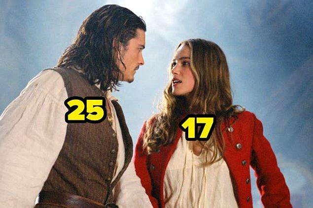 25. Karayip Korsanları: Siyah İnci'nin Laneti filminin çekildiği sırada, Keira Knightley 17 yaşındaydı. Filmdeki partnerini canlandıran Orlando Bloom ise 25 yaşındaydı.