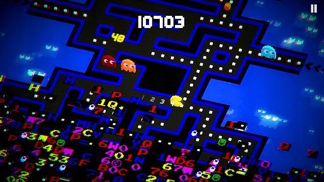 11. PAC-MAN 256 - Endless Arcade Maze