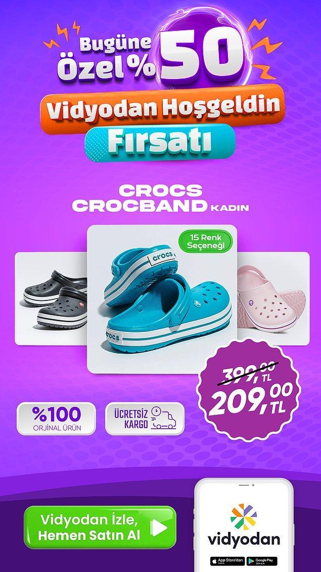 8. Asla modası geçmeyen Crocs terlikler ayaklarınıza çok iyi gelecek!
