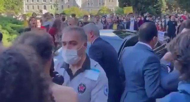 Yeni rektöre de protesto