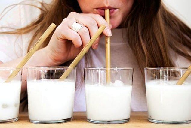 """4. """"Gıda hassasiyeti hakkında hiç konuşulmuyor. İkinci hamileliğimden sonra laktoz tüketemedim. Üçüncüden sonra ise buğdaya karşı bir hassasiyetim oluştu."""""""