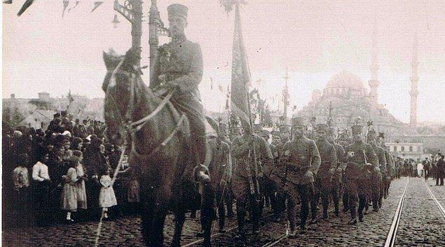 6 Ekim İstanbul'un Kurtuluşu Kutlu Olsun