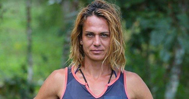 Survivor ile adını büyük kitlelere duyurmayı başaran milli atlet Nagihan Karadere, bugün çıktığı magazin programında değişen hayatından bahsetti.