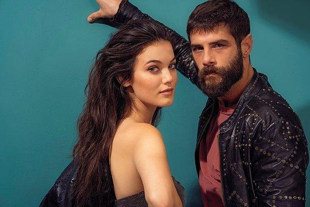 Eski aşklardan söz etmeden olmaz. Pınar Deniz'in medyaya yansıyan ilk aşkı meslektaşı Berk Cankat'la yaşadığı ilişkiydi.